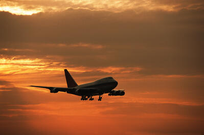 Brunson_Aircraft_at_Sunset_(Inmagine_tv2014)